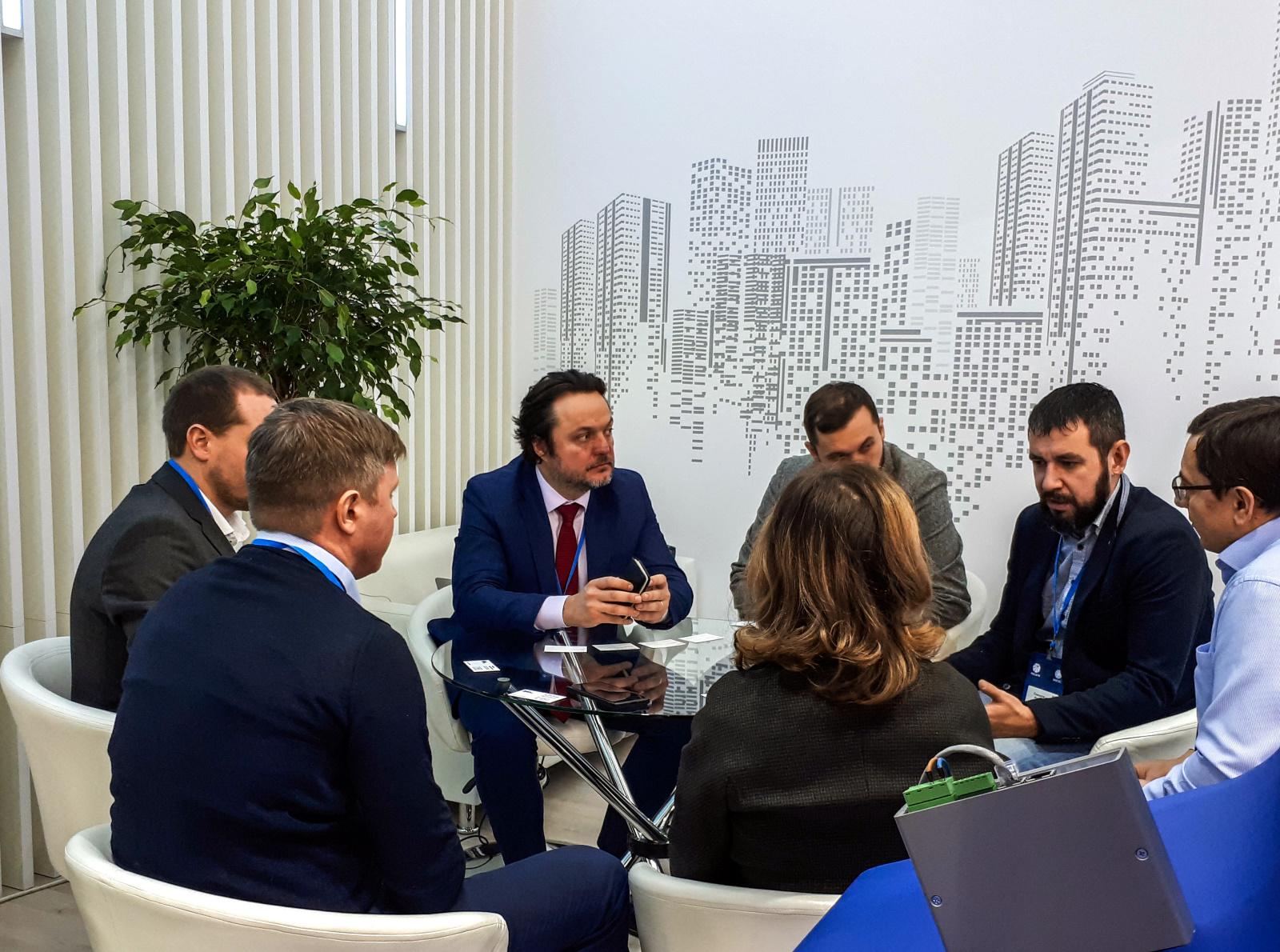Переговоры INCOTEX Electronics Group с партнёрами на Международном форуме «Электрические сети»